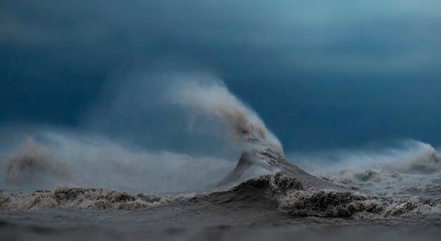 waves-1-900x493