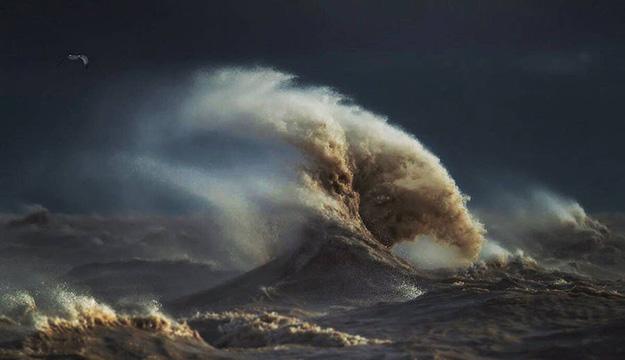 waves-5-900x519