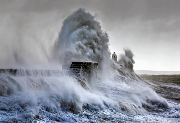stormwavesphotography2-900x614