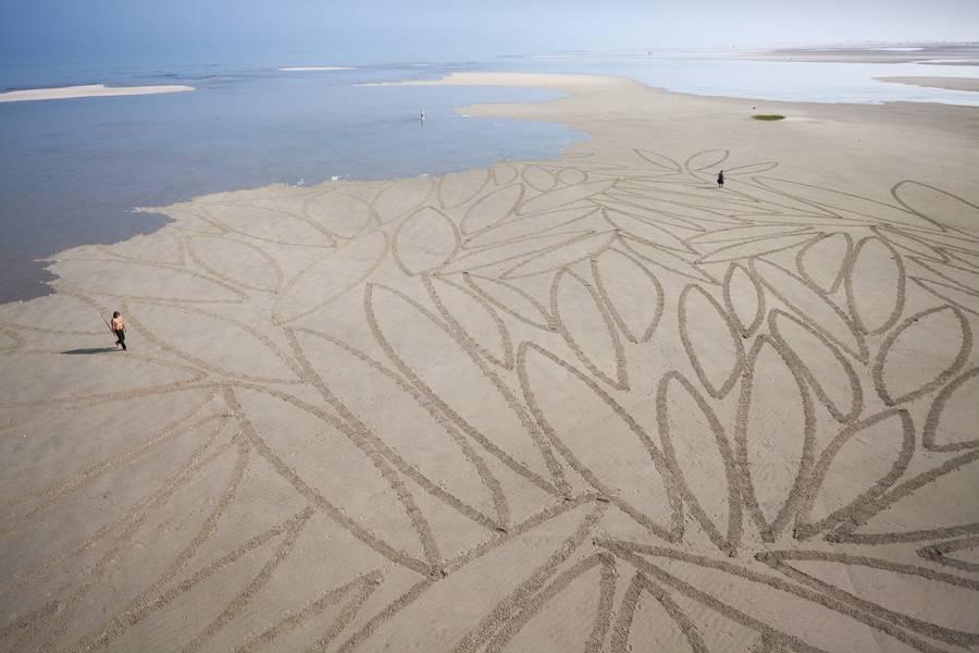 sanddrawings13-900x600