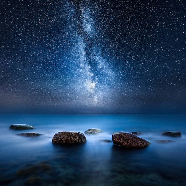 Sensational-Night-Shots-by-Mikko-Lagerstedt1-900x900