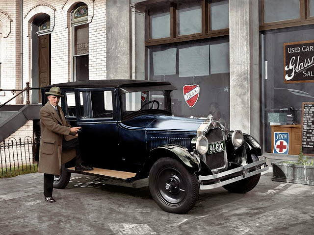 27-photos-colorisees-des-automobiles-americaines-des-annees-1910-1920-24