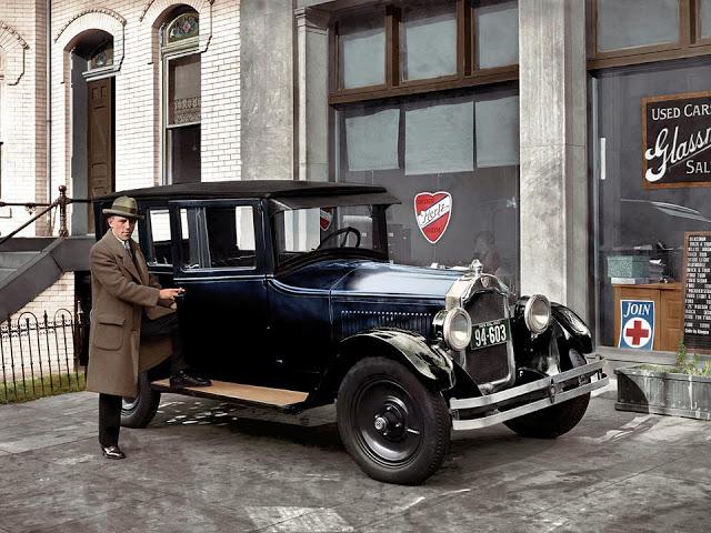 27-photos-colorisees-des-automobiles-americaines-des-annees-1910-1920-24