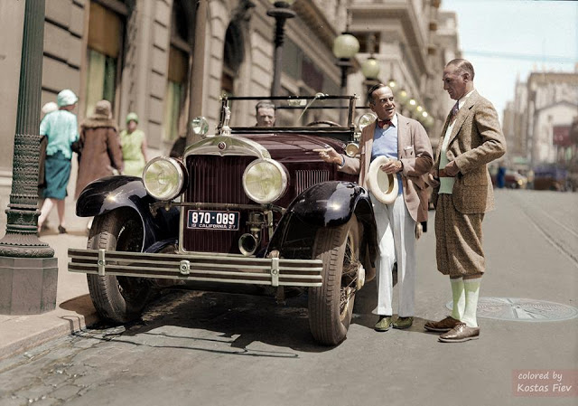 27-photos-colorisees-des-automobiles-americaines-des-annees-1910-1920-27