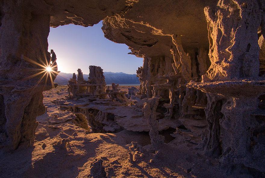 ces-etonnantes-formations-naturelles-les-tufs-de-sable-tufas-sand-6