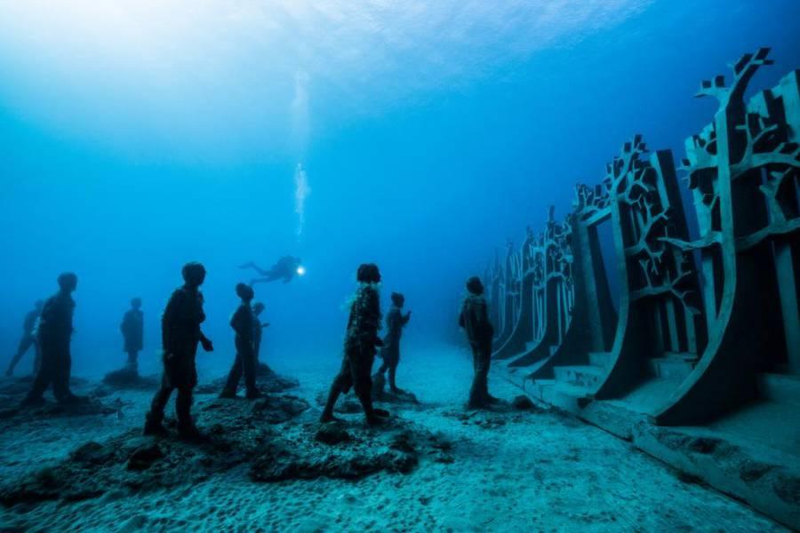 underwatermuseumopening2-900x600