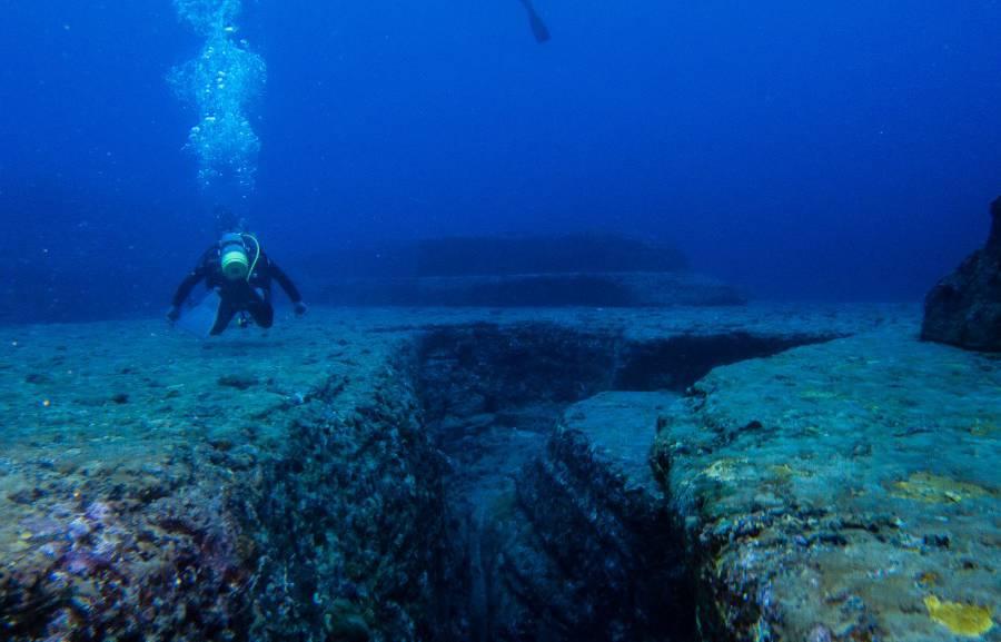 underwaterruins5-900x577