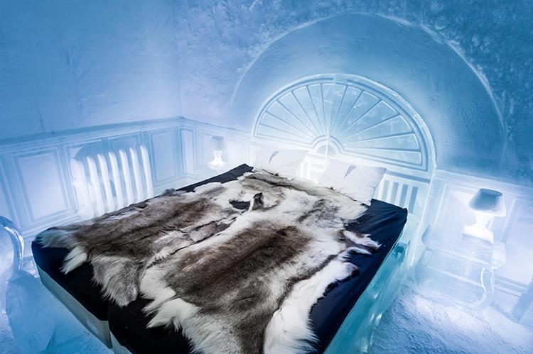 Le-celebre-hotel-de-glace-suedois-Icehotel-est-desormais-ouvert-365-jours-par-an-1