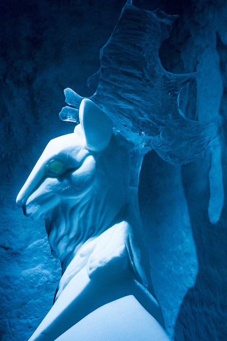 Le-celebre-hotel-de-glace-suedois-Icehotel-est-desormais-ouvert-365-jours-par-an-12
