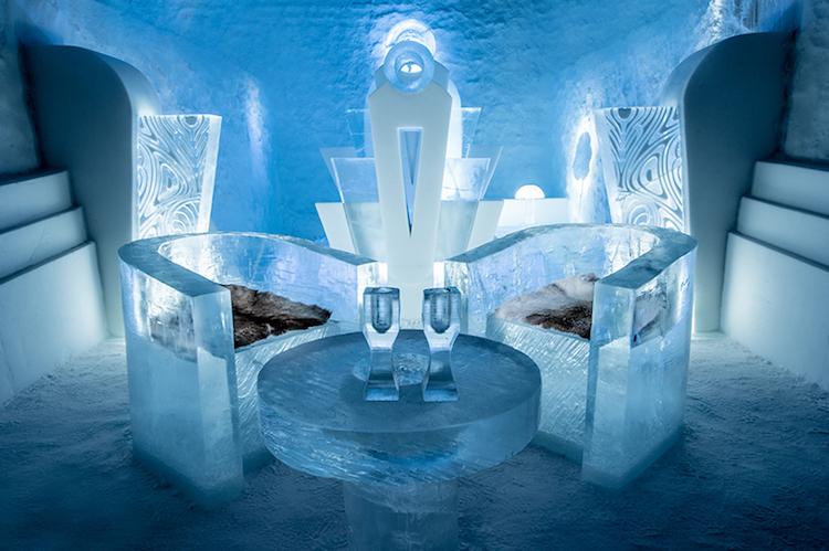 Le-celebre-hotel-de-glace-suedois-Icehotel-est-desormais-ouvert-365-jours-par-an-5