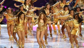 shakira-jennifer-lopez-assurent-show-lors-temps-eme-super-bowl-hard-rock-sta