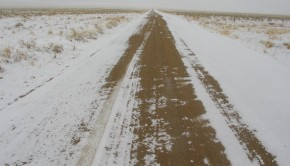 snowy-dirt-road