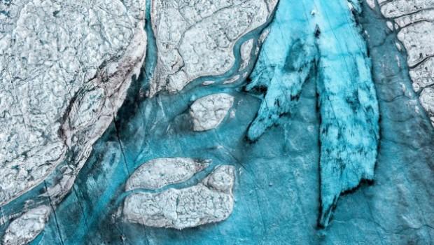 Breathtaking-Aerial-Views-of-Greenland-by-Daniel-Beltra-1-900x601-e1460462463752