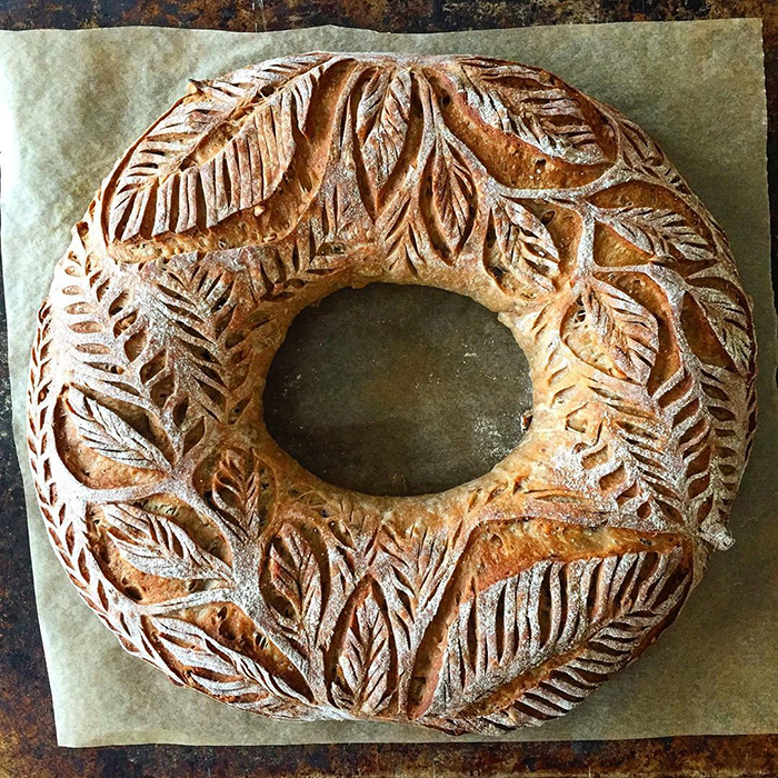 carved-blondie-and-rye-bread-1-5e6b4d5ad5047__700