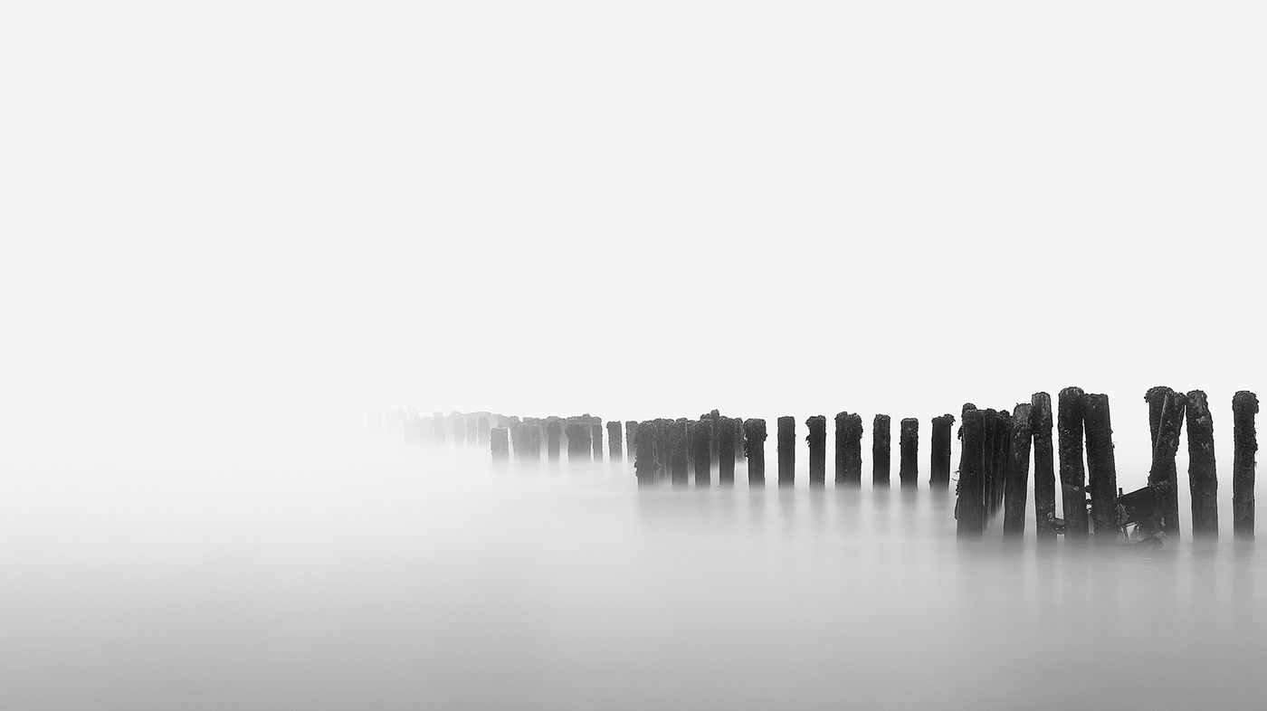 Minimalism-les-paysages-minimalistes-de-Neil-Burnell-2
