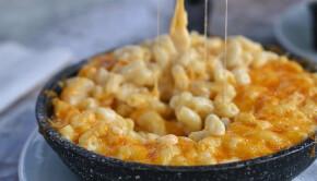 mac-n-cheese-B238QJD